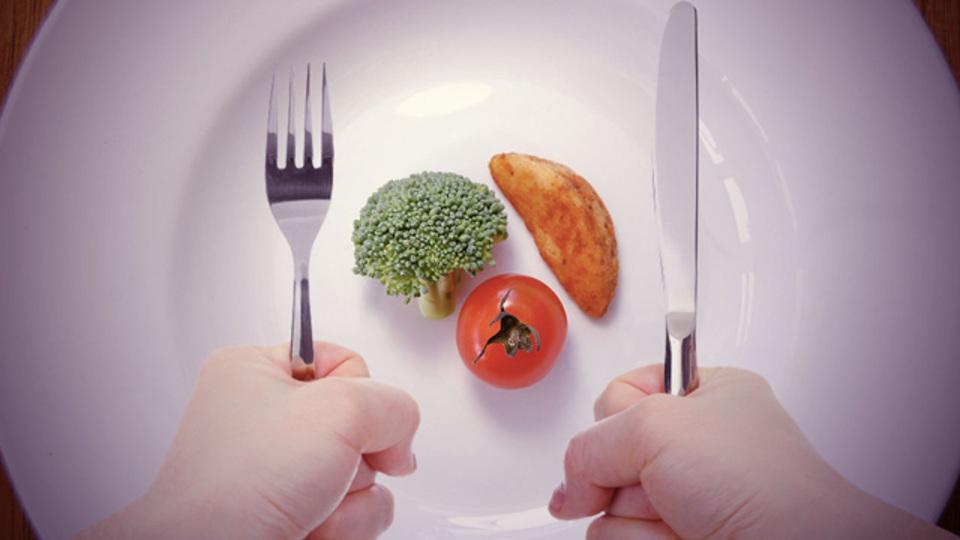 食事を減らすことだけにこだわらない!正しいダイエット法♪